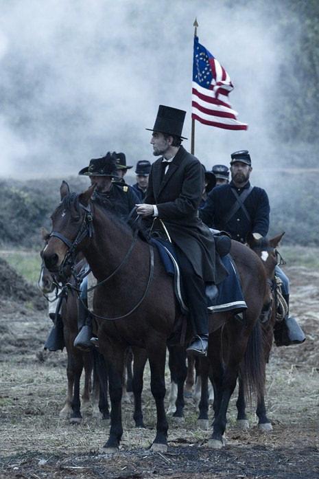 Lincoln, fotograma 4 de 7