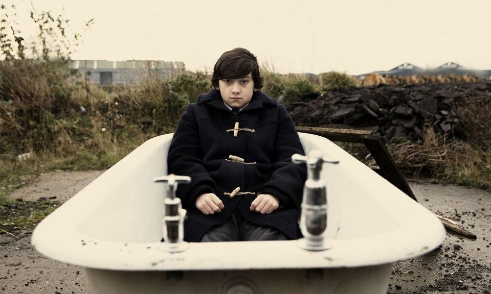 Submarine, fotograma 9 de 10