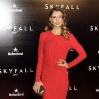 Natasha Yarovenko en la premiere de 'Skyfall' en Madrid