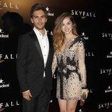 Marc Clotet y Ana de Armas en la premiere de 'Skyfall' en Madrid
