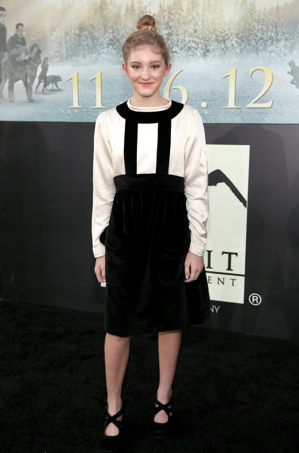 Willow Shields en el estreno de 'Amanecer. Parte 2' en Los Ángeles