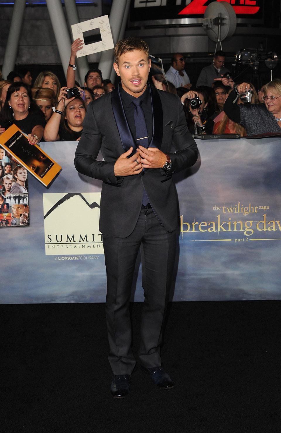 Kellan Lutz en el estreno de 'Amanecer. Parte 2' en Los Ángeles
