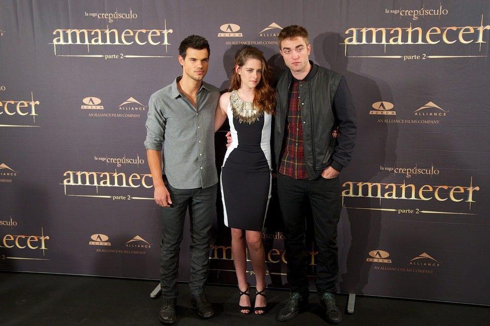 Taylor Lautner, Kristen Stewart y Robert Pattinson en la presentación de 'Amanecer. Parte 2' en Madrid