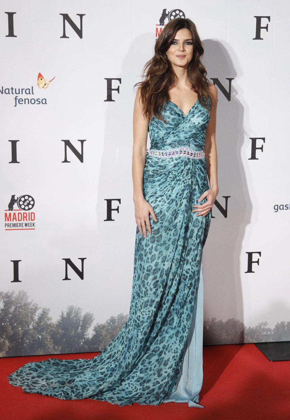 Clara Lago en la premiere de 'Fin' en Madrid