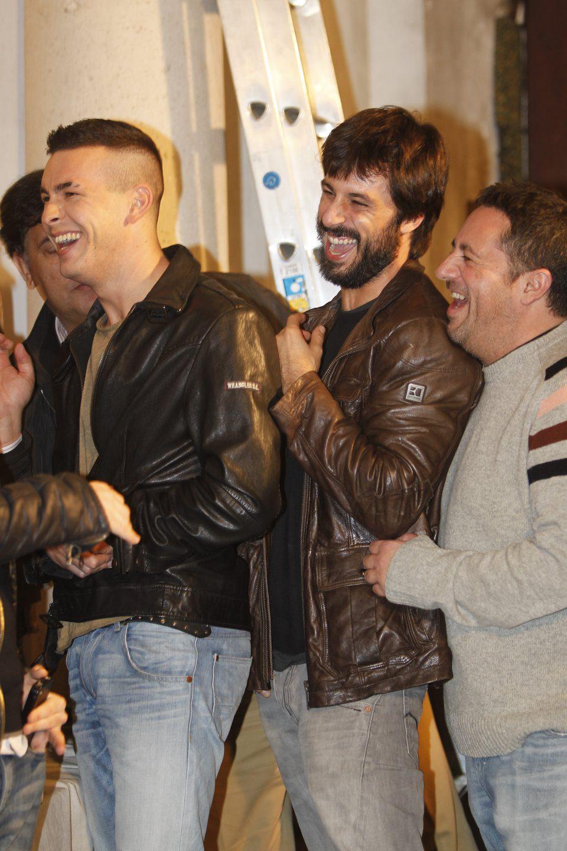 Hugo Silva y Mario Casas se divierten en el rodaje de 'Las brujas de Zugarramurdi'