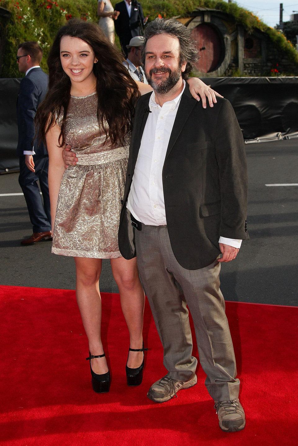 Peter Jackson y su hija Katie en la premiere de 'El Hobbit: Un viaje inesperado' en Nueva Zelanda