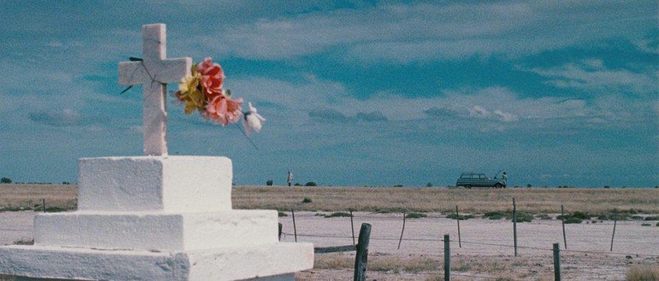 El muerto y ser feliz, fotograma 3 de 6