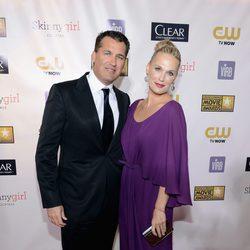 Molly Sims y Scott Stuber en la gala de los Critics' Choice Movie Awards 2013