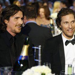 Christian Bale y Matthew McConaughey en la gala de los Critics' Choice Movie Awards 2013