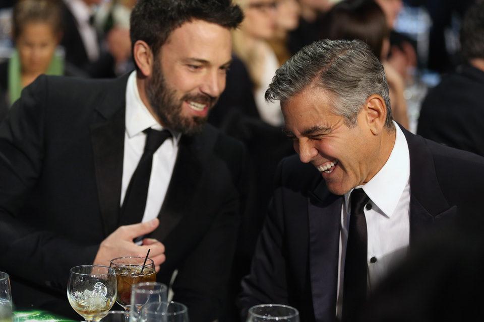 Ben Afflleck y George Clooney en la gala de los Critics' Choice Movie Awards 2013