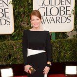 Julianne Moore en la alfombra roja de los Globos de Oro 2013