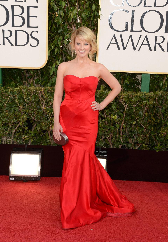Melissa Rauch en la alfombra roja de los Globos de Oro 2013