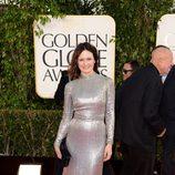 Emily Mortimer en la alfombra roja de los Globos de Oro 2013
