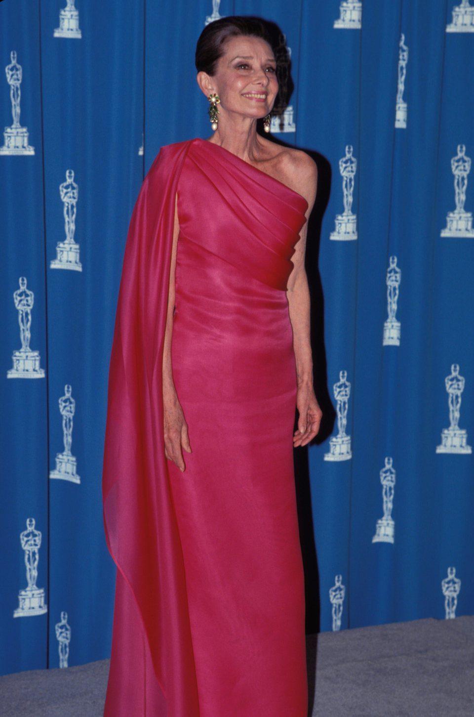 Audrey Hepburn en sus últimos años en una entrega de los Oscars