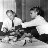 Audrey Hepburn y William Holden en 'Sabrina'