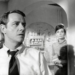 Richard Crenna y Audrey Hepburn en 'Sola en la oscuridad'