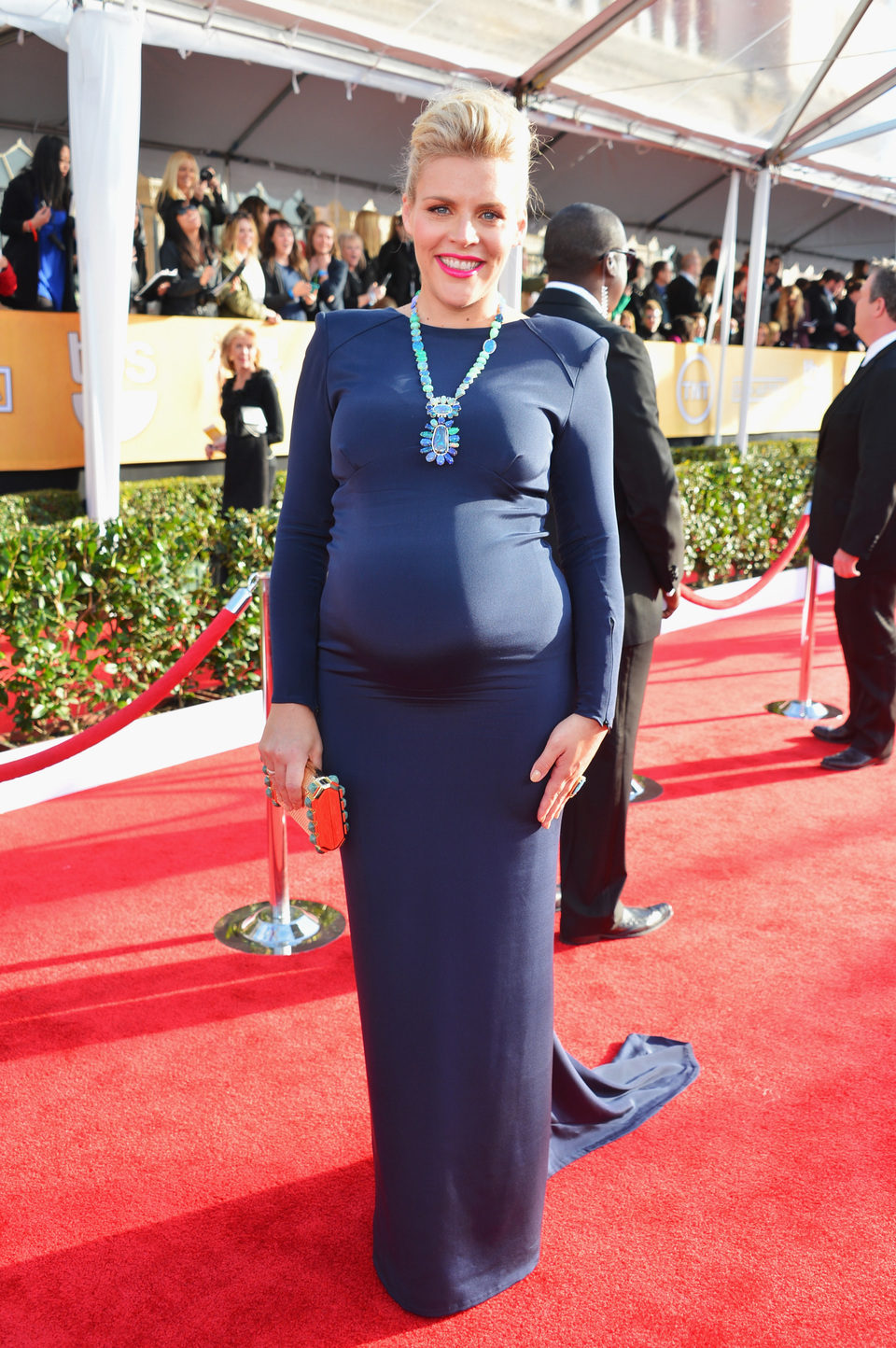 Busy Philipps en la alfombra roja de los Screen Actors Guild Awards 2013