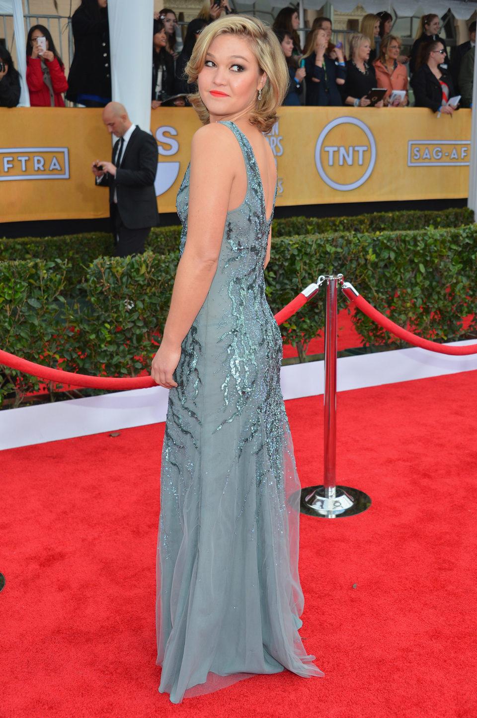 Julia Stiles en la alfombra roja de los Screen Actors Guild Awards 2013