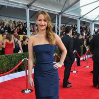 Jennifer Lawrence en la alfombra roja de los Screen Actors Guild Awards 2013