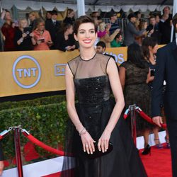 Anne Hathaway en la alfombra roja de los Screen Actors Guild Awards 2013