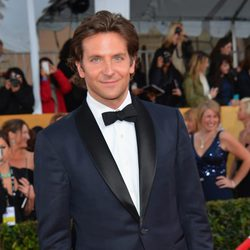 Bradley Cooper en la alfombra roja de los Screen Actors Guild Awards 2013