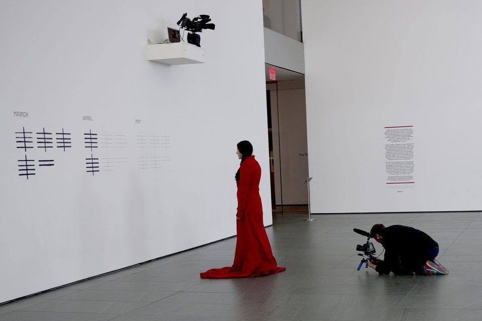Marina Abramovic: La artista está presente, fotograma 6 de 9