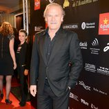 Lluís Homar en la alfombra roja de los Premios Gaudí 2013