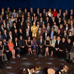 Foto de familia en el almuerzo de los nominados a los Oscar 2013