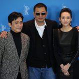 Tony Leung, Wong Kar-Wai y Zhang Ziyi en la presentación de 'The Grandmasters' en la Berlinale