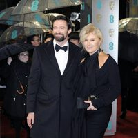 Hugh Jackman y Deborra Lee-Furness en los BAFTA 2013
