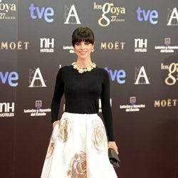 Maribel Verdú en la alfombra roja de los Goya 2013
