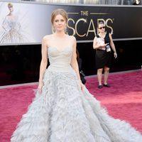 Amy Adams en la alfombra roja de los Oscar 2013