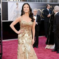 Catherine Zeta-Jones en los Oscar 2013