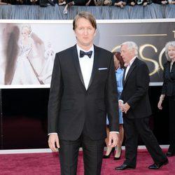 Tom Hooper en la alfombra roja de los Oscar 2013