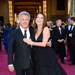 Dustin Hoffman y Lisa Hoffman en los Oscar 2103