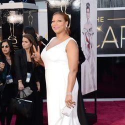 Queen Latifah en la alfombra roja de los Oscar 2013