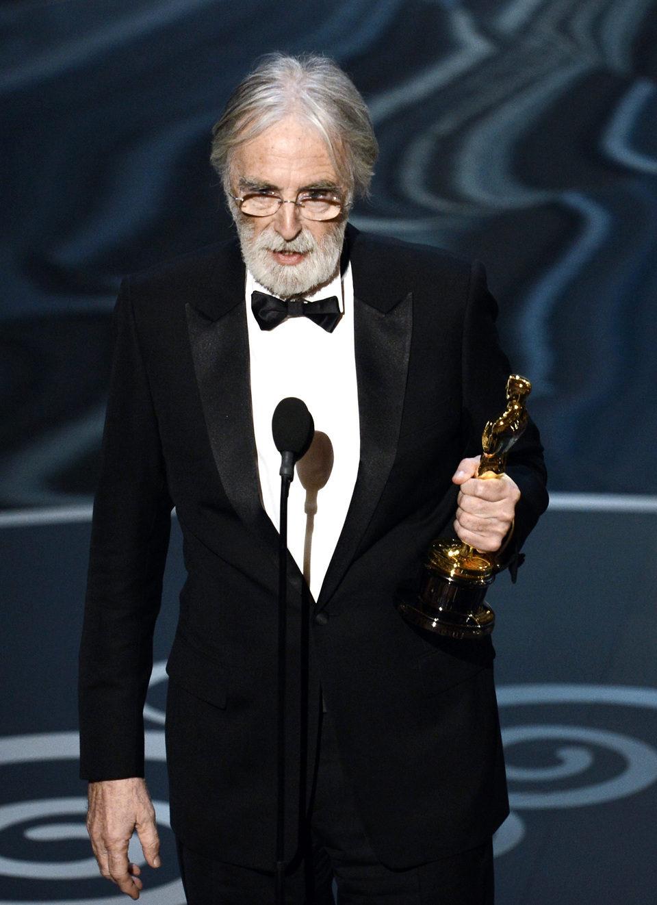 Michael Haneke recoge el Oscar 2013 a Mejor película extranjera por 'Amour'