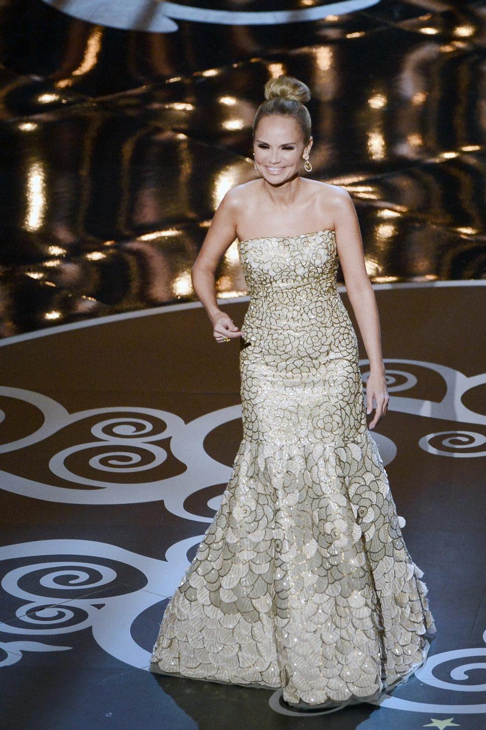 Kristin Chenoweth canta en los Oscar 2013