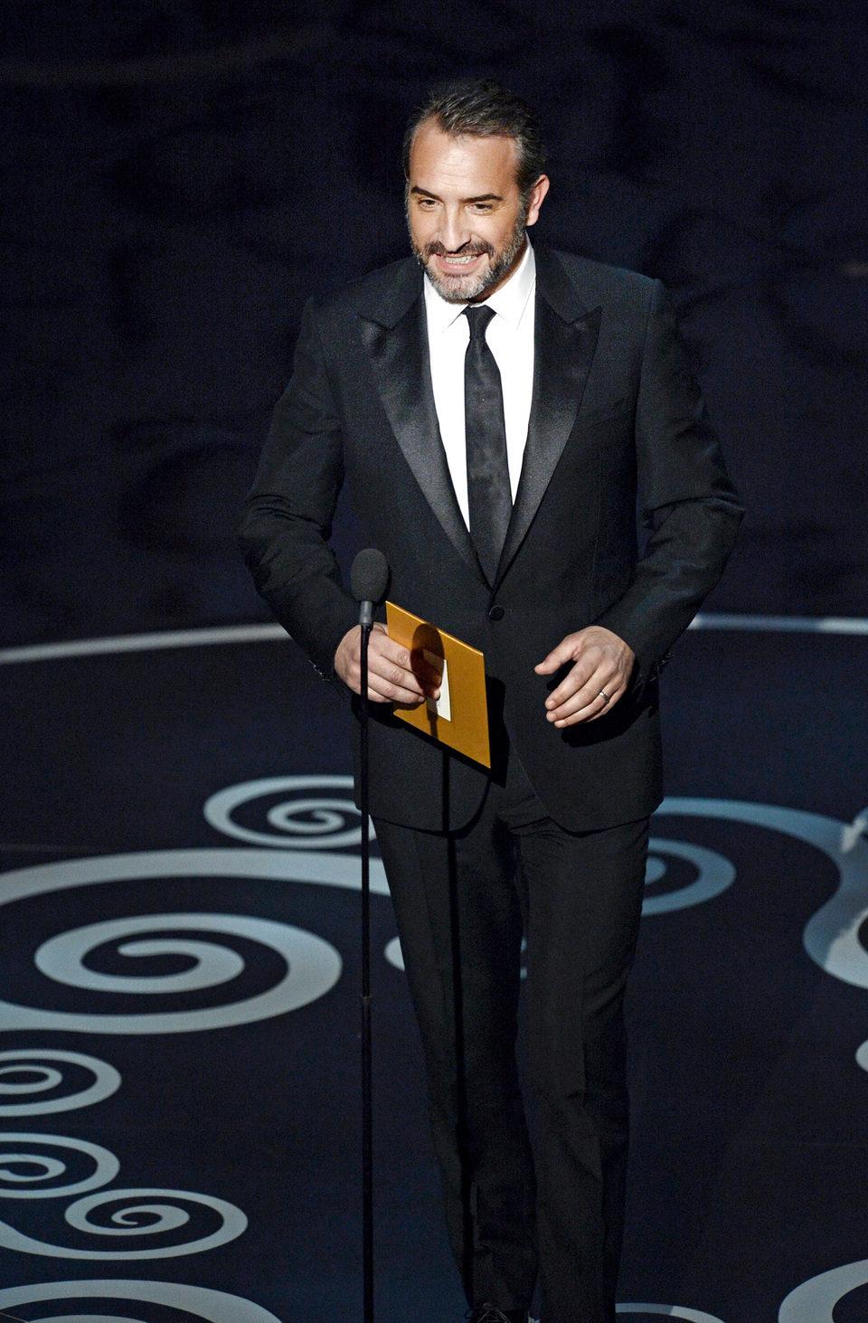 Jean Dujardin presenta en los Oscar 2013