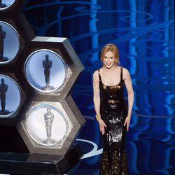 Nicole Kidman presenta en los Oscar 2013