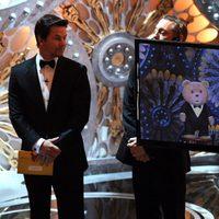 Mark Wahlberg y Ted en los Oscar 2013
