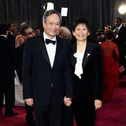 Ang Lee en la alfombra roja de los Oscar 2013