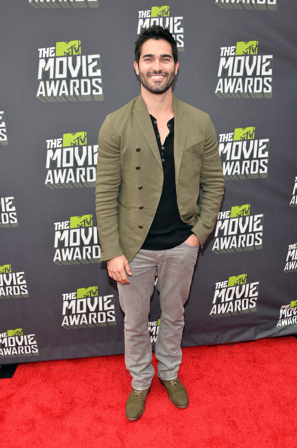 Tyler Hoechlin en la alfombra roja de la entrega de los MTV Movie Awards 2013
