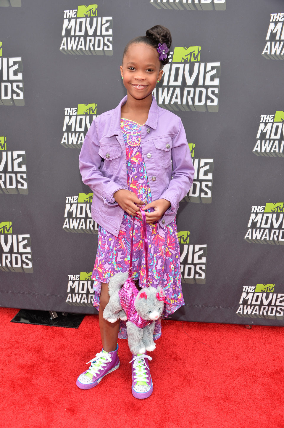 Quvenzhane Wallis en la alfombra roja de la entrega de los MTV Movie Awards 2013