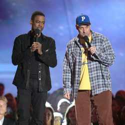 Chris Rock y Adam Sandler en los MTV Movie Awards 2013