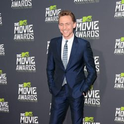 Tom Hiddleston en la alfombra roja de los MTV Movie Awards 2013