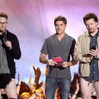 Seth Rogen, Zac Efron y Danny McBride en los MTV Movie Awards 2013
