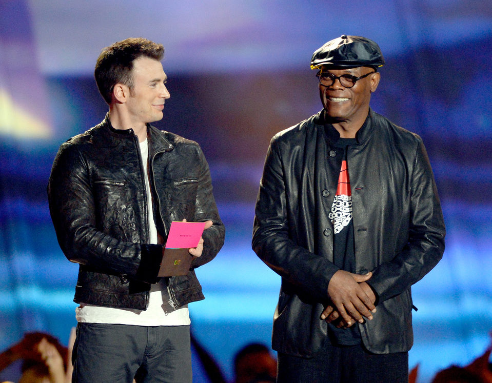 Chris Evans y Samuel L. Jackson en los MTV Movie Awards 2013