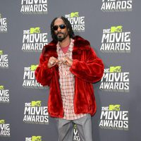 El rapero Snoop Dogg en la alfombra roja de la entrega de los MTV Movie Awards 2013