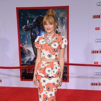 Bella Thorne en el estreno mundial de 'Iron Man 3' en Los Ángeles